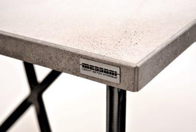 betontisch,beton tisch,betonarbeitsplatte,beton arbeitsplatte,betonmöbel von messoni